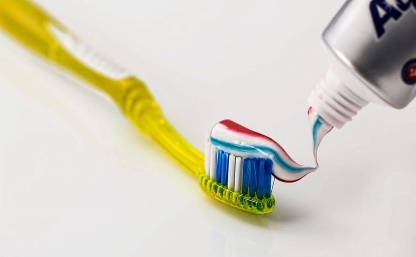 Best Effective Alternatives for Toothpaste