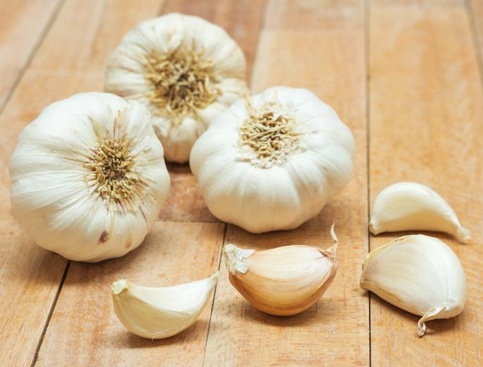 Garlic-To-Combat-High-Chole