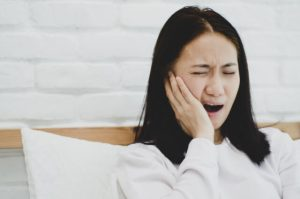 tooth extraction pain relief home remedies